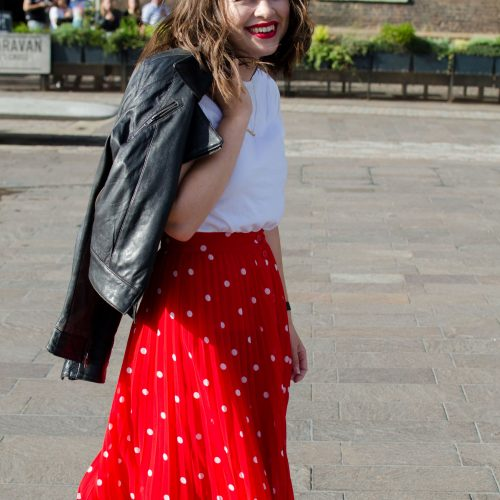 This & Other Stories Skirt is a Summer staple. Read more on carryoncaroline.com